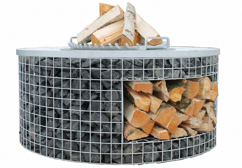 Feuerstelle Deluxe mit Holzlager