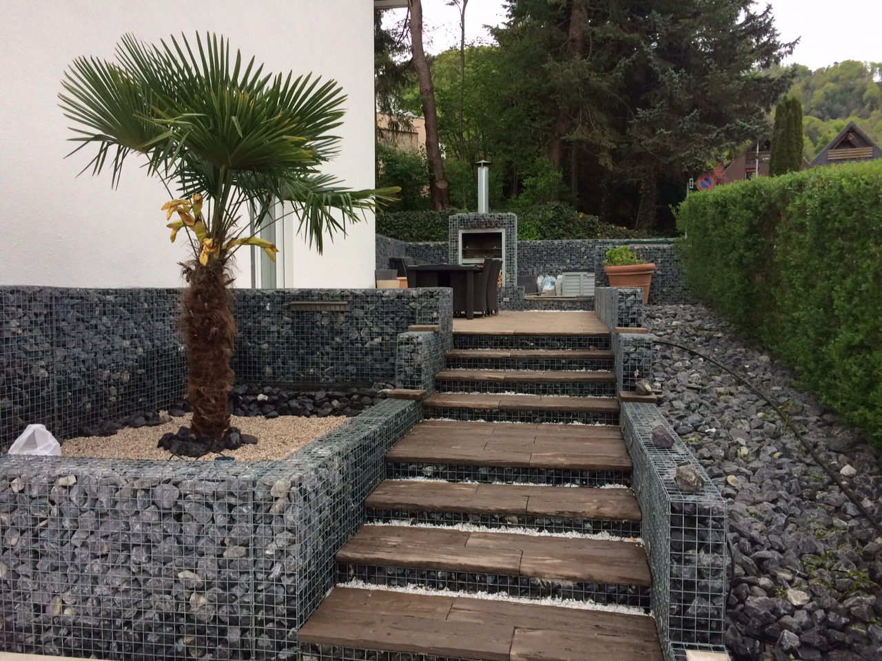 Gabionen Stein Garten Schweiz